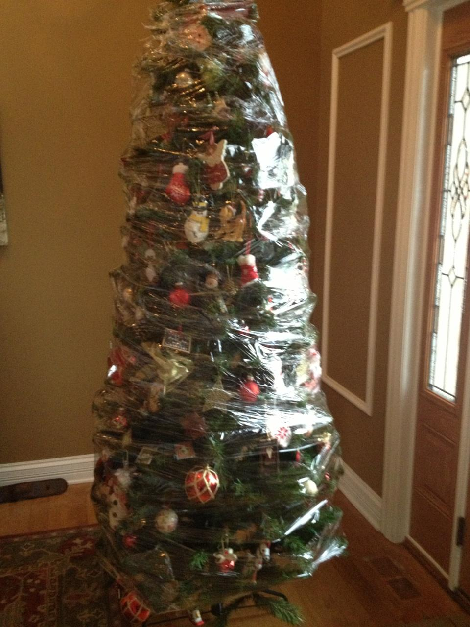 Why do we put decorations on a christmas tree - 100 Christmas Life Hacks You Can