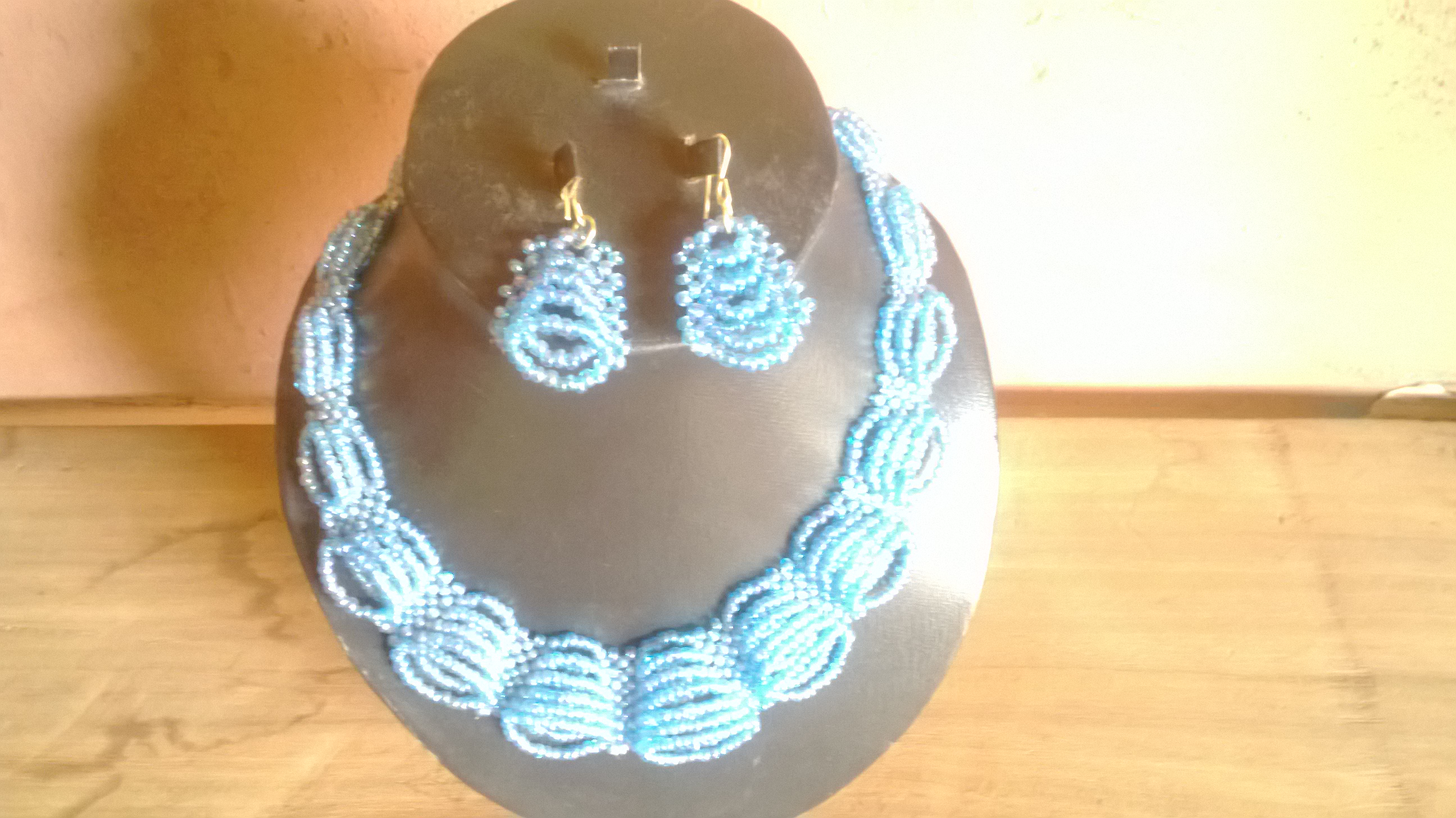 Bell ring sandbead necklace and earrings