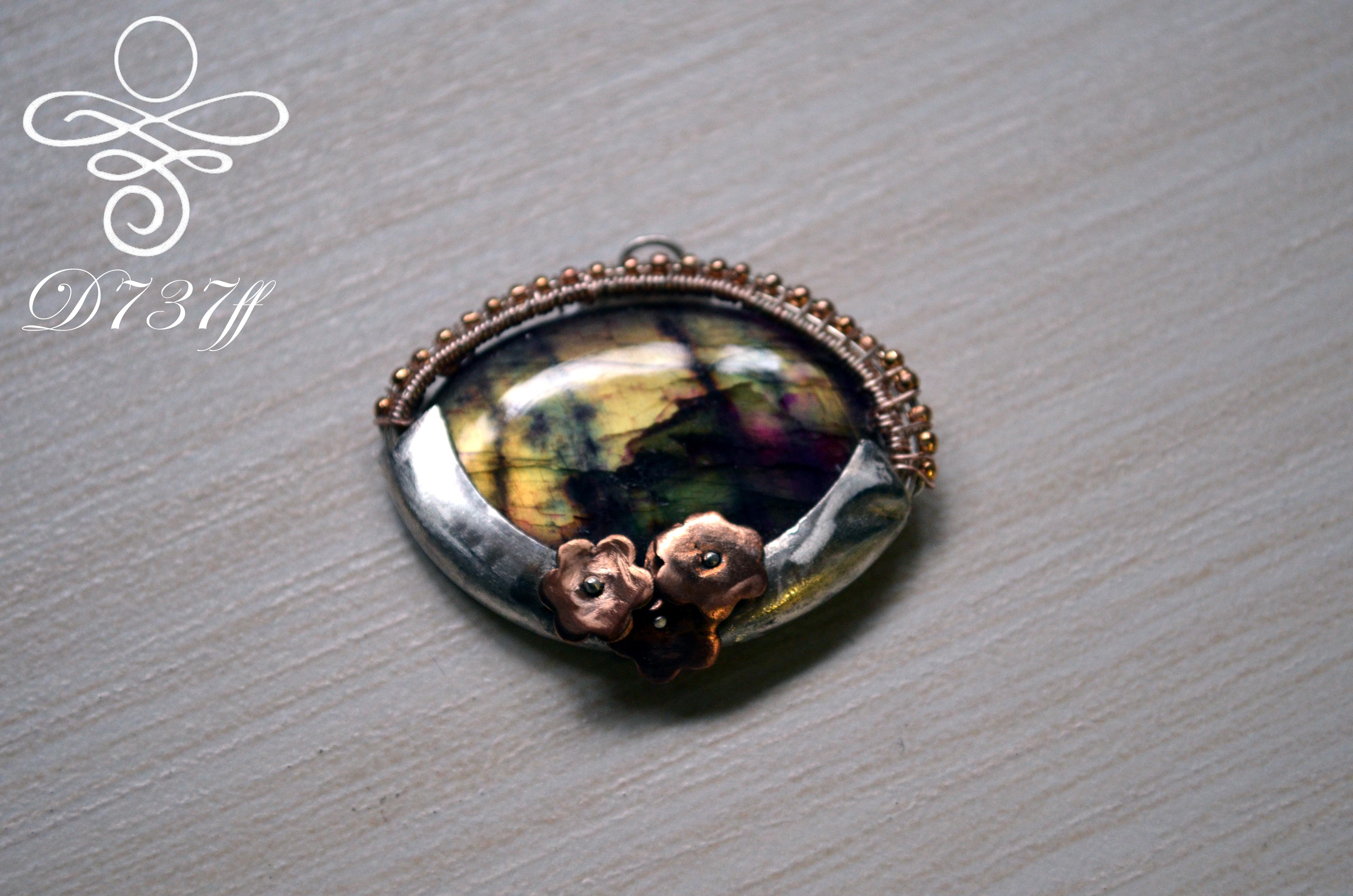 """Labradorite Pendant """"Autumn Garden"""""""