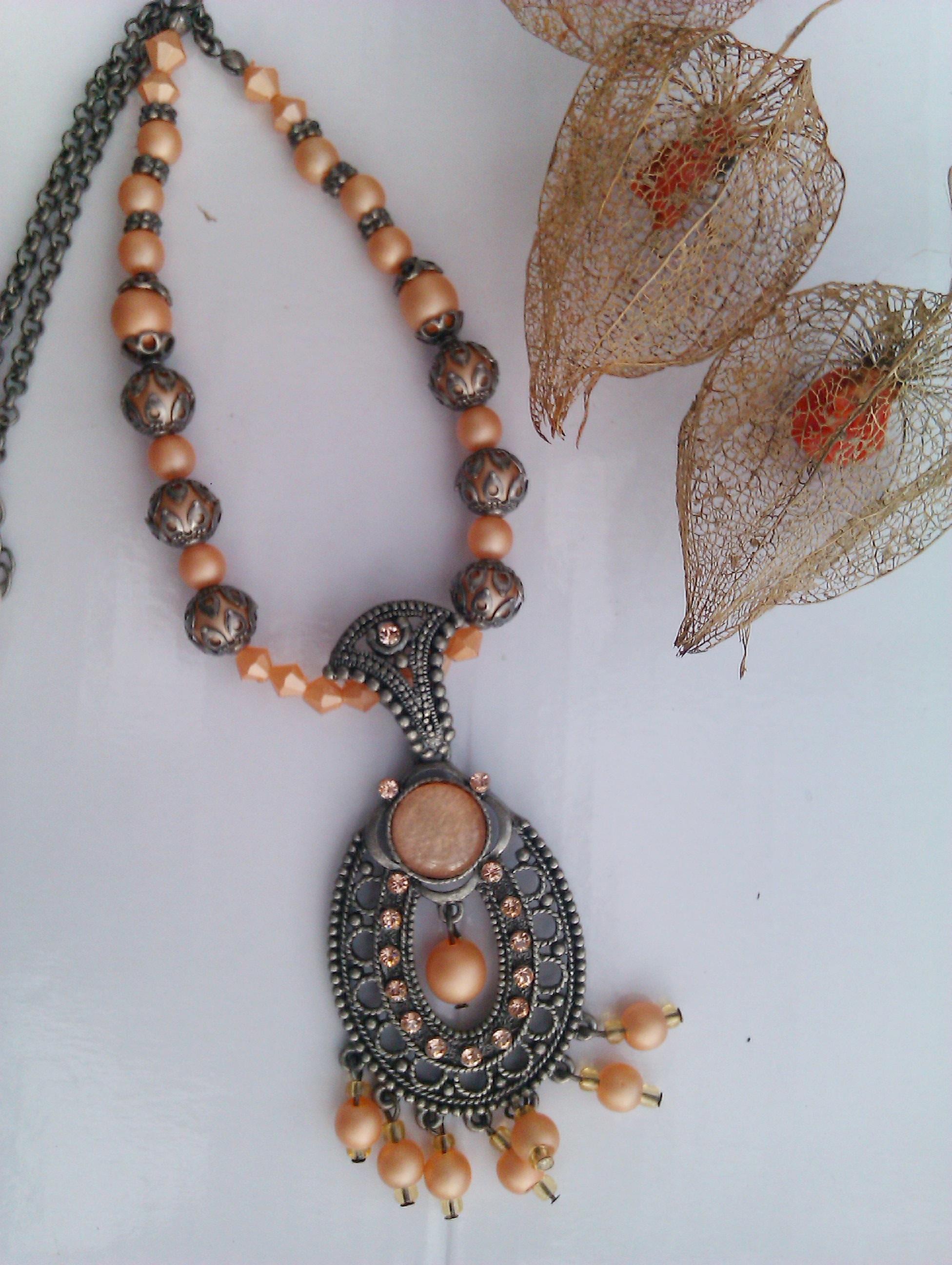 Peach ornate pendant
